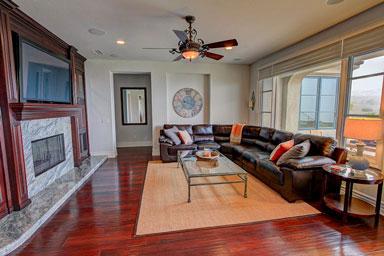socal facility living room